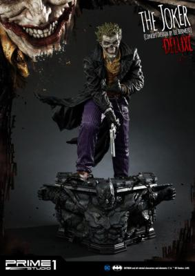 DC Comics statuette The Joker by Lee Bermejo Deluxe Version 71 cm