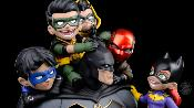 Batman Family 39 cm DC Comics | Quantum Mechanix