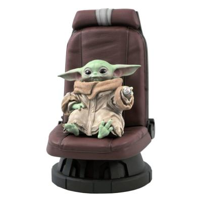 Star Wars The Mandalorian statuette Premier Collection 1/2 The Child in Chair 30 cm | Gentle Giant