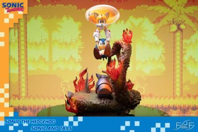 Sonic the Hedgehog statuette Sonic & Tails 51 cm