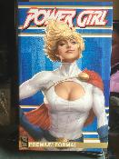 Power Girl Premium Format EXCLUSIVE | Sideshow