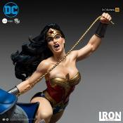 DC Comics diorama 1/6 Wonder Woman Vs Darkseid by Ivan Reis 54 cm